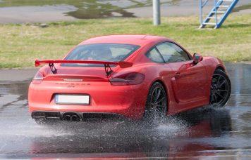 Nicht gedreht, sondern sauber abgefangen - dabei geht beim Race Car Control Training